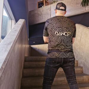T-shirt pour Homme – Futuristic Dance Gold